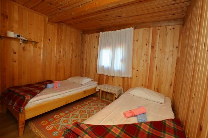 Hazindağ ve Amlakit Manzaralı Arkadaş Odası -1 nolu odamız-
